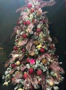 Umetne jelke dekoracija trend 2019