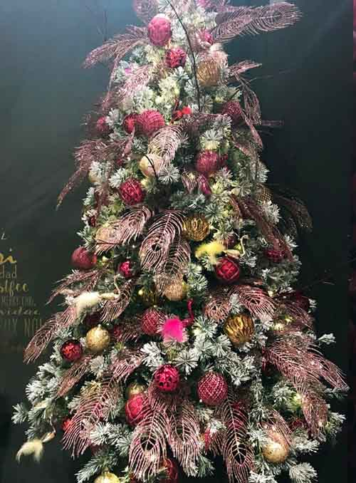 2020 Christmas Tree Trends.Artificial Christmas Trees Fir Trees With An Outstanding